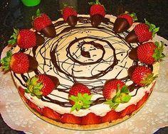 Erdbeer-Mascarpone-Torte, ein sehr leckeres Rezept aus der Kategorie Sommer. Bewertungen: 248. Durchschnitt: Ø 4,6.