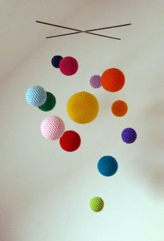 Items similar to Cosmos crochet mobile, handmade for baby's room or living room decoration on Etsy Cute mobile! Cosmos crochet mobile handmade for baby's room by bubblewrapdesign. Lampe Crochet, Crochet Diy, Crochet For Kids, Crochet Crafts, Crochet Projects, Diy Crafts, Crochet Baby Mobiles, Crochet Mobile, Cosmos