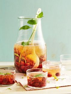 Amaretto-Kirsch-Bowle, ein tolles Rezept aus der Kategorie Bowle. Bewertungen: 115. Durchschnitt: Ø 4,4.