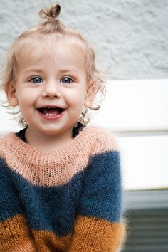 Kajsas sweater Knitting For Kids, Baby Knitting Patterns, Knitting Stitches, Baby Boy Fashion, Kids Fashion, Big Knit Blanket, Big Knits, String Bag, Knitted Bags