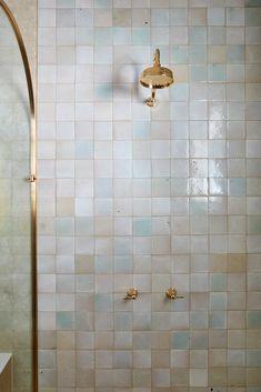 Bird Bathroom, Laundry In Bathroom, Master Bathroom, Bathroom Trends, Budget Bathroom, Three Birds Renovations, Bathroom Gadgets, Dream Bath, Tuscan House