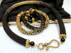 Black and gold beaded necklace beaded Tow Bead Crochet