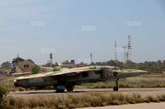 """""""عملية الكرامة"""": طلعات جوية على طريق المطار ببنغازي صباح اليوم http://www.ajwa.net/news/view/5717"""