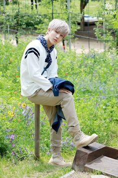 Behind the scenes of the mini album - JinJin Astro Summer Vibes, K Pop, Park Jin Woo, Jinjin Astro, Astro Fandom Name, Fans Cafe, Sanha, Korean Celebrities