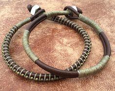 De tipo conjunto, pulsera para hombre, joyería del Mens, verde del ejército, militar, apilar brazaletes, Camo, regalo para él, estilo agreste