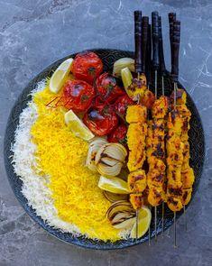 Djoje kebab- Persiska kycklingspett - ZEINAS KITCHEN Zeina, Kebab, Desert Recipes, Paella, Foodies, Deserts, Spaghetti, Health Fitness, Snacks