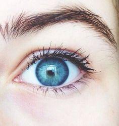 Ocean Blue Eyes, Bright Blue Eyes, Blue Green Eyes, Gray Eyes, Beautiful Eyes Color, Pretty Eyes, Cool Eyes, Amazing Eyes, Blue Eyes Aesthetic