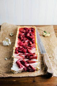 Hummingbird High - A Desserts and Baking Food Blog in Portland, Oregon: Rhubarb Panna Cotta Tart
