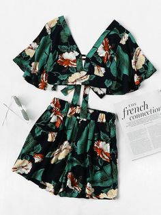 Material: Cotton Blends Color: Green, Multi Pattern Type: Floral Neckline: V neck Style: Sexy, Vacation Suit Type: Shorts Sleeve Length: Short Sleeve Decoration