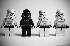 Image detail for - Lego-Stormtrooper-Shadowtrooper-Star-Wars-vilain-petit-canard