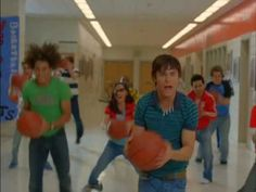 High School Musical 2 - What Time Is It? SUMMER TIME. SCHOOLS OUT SCREAM AND SHOUT!