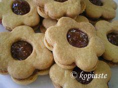 Greek Desserts, Just Desserts, Italian Fig Cookies, Greek Cookies, Roasted Pork Tenderloins, Cooking Cookies, Kolaci I Torte, Fig Jam, Pork Tenderloin Recipes