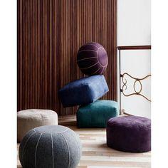 Grand pouf rond ou carré Suede par Broste Copenhagen - Un bel élément de décoration pour votre salon ou votre chambre. Parfait pour apporter une touche d'authenticité et beaucoup d'allure à votre intérieur !
