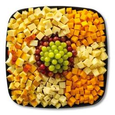 cheese tray...and crackers... My favorite !