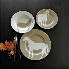 west elm offers a chic selection of dinner plates and modern dinnerware. Give any dinner table an update with these modern dinner plates. Equestrian Decor, Western Decor, Equestrian Style, Equestrian Fashion, Modern Dinnerware, Dinnerware Sets, Home Goods Decor, Home Decor, Western Homes