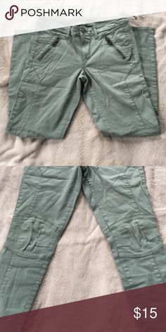 American eagle Super Stretch Ankle Jeggings Super stretch! Ankle length! army green color American Eagle Outfitters Jeans Skinny