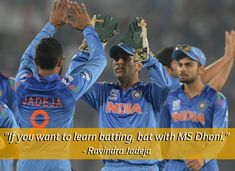"""<b>""""I would go to war with Dhoni by my side."""" - Gary Kirsten</b>"""