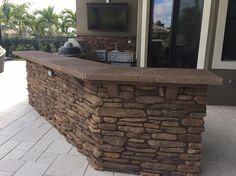 Outdoor Kitchen by Brandel Masonry in Parkland, Florida.