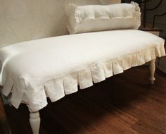 bench slipcover with box pleats--love it!!!