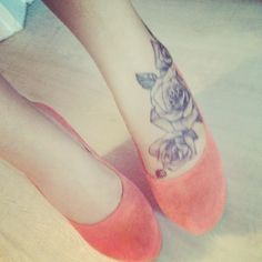 rose tattoo on foot i like :) especially with those heels