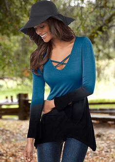 OMBRE BELL SLEEVE TOP