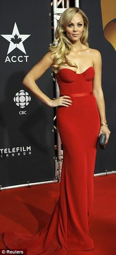 Actress Laura Vandervoort vamped it up in a sexy red gown Beautiful Gowns, Beautiful Outfits, Ontario, Toronto, Laura Vandervoort, Nice Dresses, Formal Dresses, Festa Party, Red Gowns