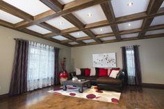 REVŌDECO:  Plafond à caissons en pin noueux avec fausses poutres très faciles à installer. www.revodeco.com