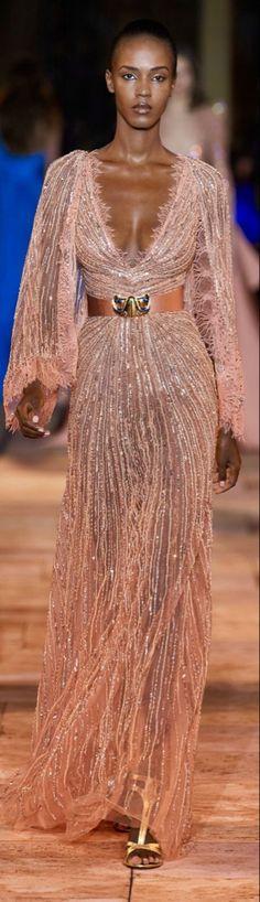 Elegant Outfit, Elegant Dresses, Pretty Dresses, Beautiful Dresses, Modest Dresses, Fashion 2020, Party Fashion, Look Fashion, Runway Fashion
