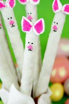 Easter Bunny Pretzel Rods (+ Easter Extravaganza treats)