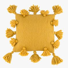 Mustard Yellow Tassel Woven Pillow Verleihen Sie Ihrem Dekor einen Hauch Boho-Style mit unserem Mustard Yellow Tassel Woven… The post Gesponnenes Kissen der Senf-gelben Quaste & Colors. appeared first on Mustard yellow . Mustard Yellow Bedrooms, Mustard Yellow Decor, Yellow Home Decor, Yellow Interior, Yellow Decorations, Bedroom Yellow, Mustard Bedding, Yellow Bedding, Bedding Sets