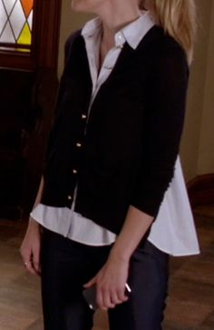 WHO MADE THIS?? I want this sweater/cardigan! Heeeelp.  (Amanda Vaughn in GCB)
