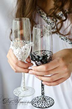 Handmade LACE Black & White Wedding champagne от DiAmoreDS, $54.00