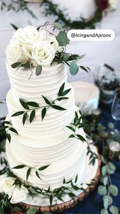 Perfect Wedding, Fall Wedding, Rustic Wedding, Our Wedding, Dream Wedding, Wedding Goals, Wedding Planning, Wedding Cakes With Flowers, Cake With Flowers