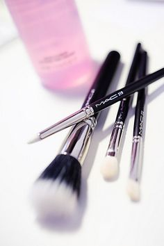 MIL - Really want a set of MAC brushes that includes at least 188, 109 and 130!! :)