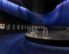 """""""Van Cleef & Arpels: The Art & Science of Gems"""" exhibition – at The ArtScience Museum, Singapore – April 23 to August 14. World-renowned architectural and design agency Jouin Manku imagined an immersive decor for the exhibition. #TheArtScienceOfGems Find out more: http://goo.gl/kfnGx0  © Van Cleef & Arpels, Photos by Edward Hendricks Scenography: Jouin Manku"""