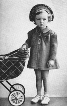 Free knitting pattern for Linda, a vintage girl's coat to fit sizes 2 - Vintage Knitting, Vintage Crochet, Vintage Girls, Vintage Children, Crochet Crown, Baby Knitting Patterns, Sewing Patterns, Free Knitting, Bonnet Pattern