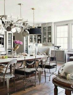 A bright modern mix kitchen