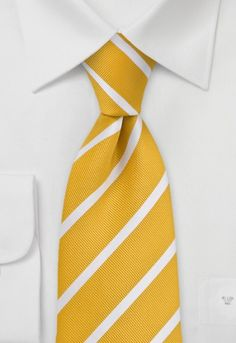 Corbata amarillo dorado rayada blanco http://www.corbata.org/corbata-amarillo-dorado-rayada-blanco-p-14591.html