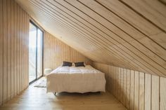 Image 18 of 28 from gallery of La Quimera House / Ruca Proyectos. Photograph by Ignacio Santa Maria Into The Wild, Santa Maria, Wooden House Design, Interior Architecture, Interior Design, Wooden Bedroom, Wooden Sheds, Spacious Living Room, House Plans