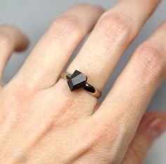 pierścionki i obrączki-karbON Pierścionek Węgiel