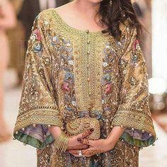 "styleofarabia: ""INSPO/ Designer Rana Noman 💕, Photography by Ameeq Asra. Pakistani Formal Dresses, Pakistani Wedding Outfits, Pakistani Dress Design, Shadi Dresses, Indian Outfits, Pakistani Party Wear, Hijab Fashion, Fashion Dresses, Nice Dresses"