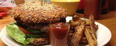 Opskrift på Sunde burgerboller -   Gymfoodie.com Hamburger, Healthy Lifestyle, French Toast, Muffin, Pulled Pork, Pudding, Beef, Chicken, Breakfast