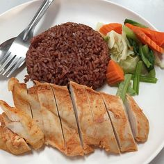 Benefits of eating a balanced diet Balanced Diet, Benefit, Vitamins, Protein, Meals, Ethnic Recipes, Food, Meal, Essen