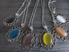 Ladies Cameo Pendant Necklace - Pearl Coloured Cameo - Antique Silver Colour