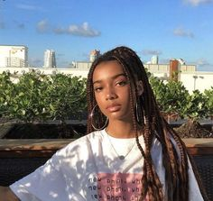 Top 60 All the Rage Looks with Long Box Braids - Hairstyles Trends Plats Hairstyles, African Braids Hairstyles, Braided Hairstyles, Hairstyles For Box Braids, Curly Hair Styles, Natural Hair Styles, Long Box Braids, Brown Box Braids, Black Women Hairstyles