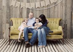 Family session on a vintage couch. Love it!
