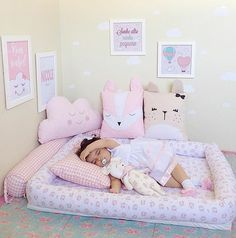 Soninho gostoso Katia Cardoso ・・・ To exausta mamãe ! Baby Bedroom, Baby Room Decor, Girls Bedroom, Pink Pillows, Baby Pillows, Baby Sewing Projects, Little Girl Rooms, Toddler Bed, Toddler Rooms