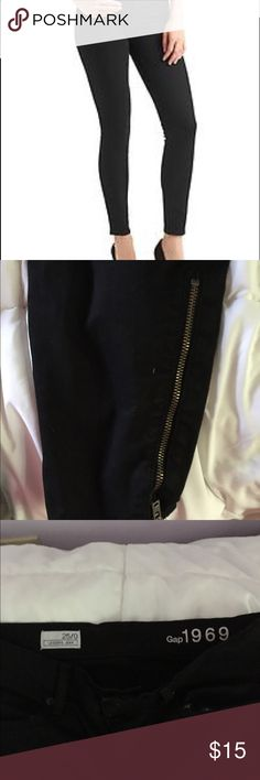 Gap Black Skinny Zip Jeans 25/0 Super flattering angle graze black skinny jeans with gold zipper detail. Not faded. Perfect staple to wear with tees and booties! Gap Pants Skinny