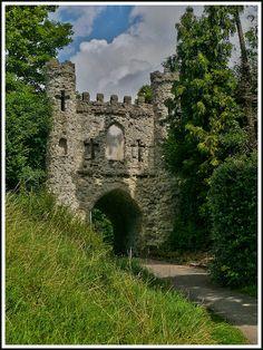 Reigate Castle grounds (c. 1088), Surrey (by Alan Fife, via Flickr)
