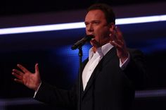 Russell Watson will bring a choir and candles to Durham Cathedral for Christmas - The Journal